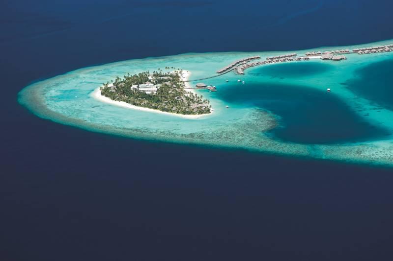 Se Marier à L étranger Sur Une Plage Paradisiaque Aux Maldives Agence événementielle Et Voyages à Marseille Yellow Wings